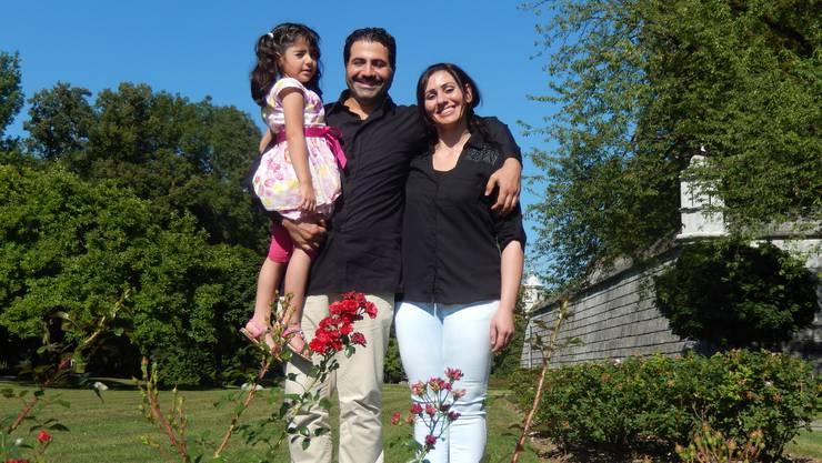 Mohanad und Nissrin A. mit Tochter Yona. Nach und nach finden sie in Solothurn eine neue Heimat.