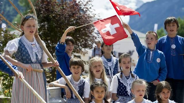Jodelnde Kinder während der Eröffnungsfeier