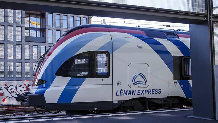 Im Grossraum Genf setzt man grosse Hoffnungen auf die neue S-Bahn Léman. Sie soll den Zusammenhalt in der grenzüberschreitenden Region verbessern. Das Schienennetz wird sich über 230 Kilometer erstrecken und 45 Bahnhöfe bedienen. (Archivbild)