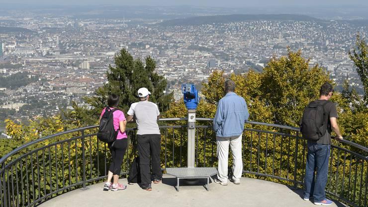 Der Uetliberg zählt mit jährlich Zehntausenden Besuchern zu den beliebtesten Touristenattraktionen in Zürich.