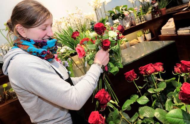 Die Rosen sind ein Zeichen der Liebe und werden oft verkauft.