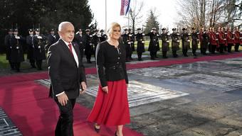 Bundespräsident Ueli Maurer ist am Freitag in Kroatien mit Präsidentin Kolinda Grabar-Kitarovic zusammengetroffen. Kroatien wird im ersten Halbjahr 2020 erstmals die EU-Ratspräsidentschaft übernehmen. EPA/ANTONIO BAT