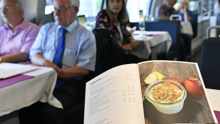 Ein veganes Menü im Speisenwagen? Die SBB tun sich schwer damit. In der neuen Karte gibts immerhin vegetarische Gerichte.