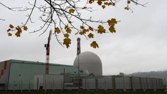 In der Nacht auf heute hat sich das Kernkraftwerk Leibstadt als Sicherheitsmassnahme automatisch ausgeschaltet. (Archiv)
