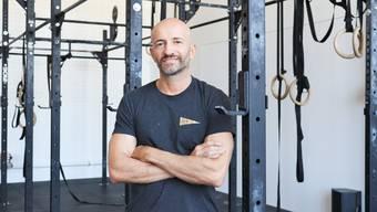 Fabio Marchesan in der neuen Crossfit-Box. Bild: Sarah Kunz