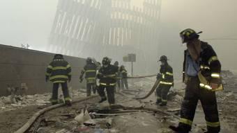 Noch Monate nach dem Einsturz brannten die Trümmer in New York.