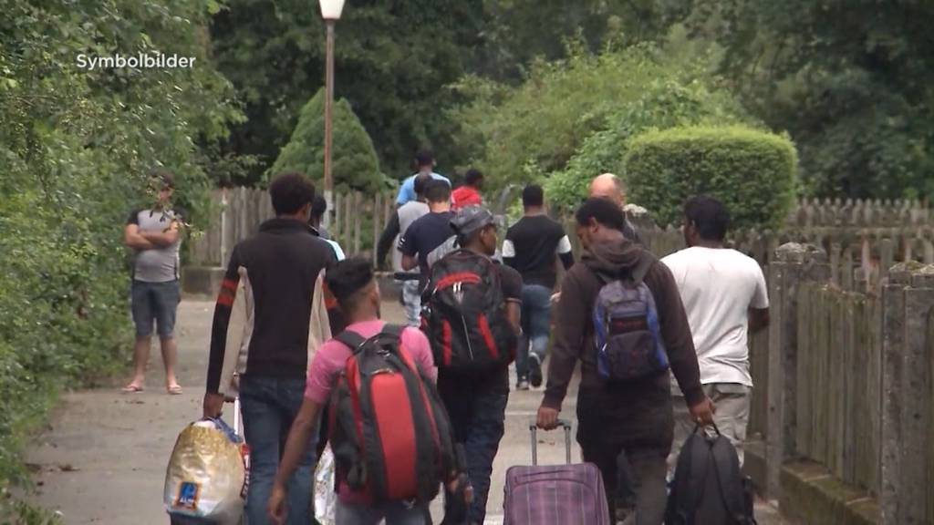 Flüchtlingsintegration: Bundesrat zahlt 12'000 Franken an den Lohn