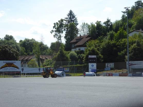 Das stolze Kleinstadion Nau verfügte zuvor nicht über ein Kunstrasenfeld.