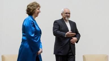 Catherine Ashton begrüsst Mohammed Dschawad Sarif in Genf