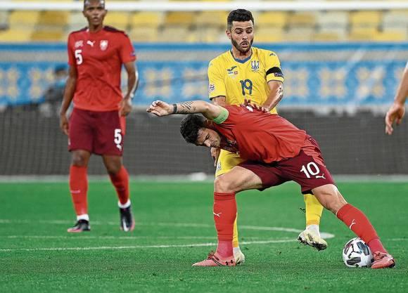 Die lange Pause konnte die Nati um Granit Xhaka (am Ball) gegen die Ukraine nicht kaschieren.