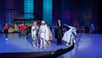 In Liebesdingen auf dem Glatteis: Das Ensemble von «Was ihr wollt» bei der Premiere an den Freilichtspielen.Emanuel Wallimann