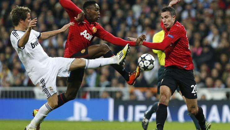 Madrids Coentrao im Gefecht mit Welbeck und Van Persie
