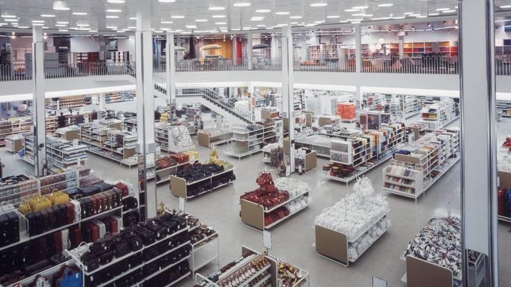 Blick ins Innere des einstigen Schweizer Warenhauses ABM in Winterthur.