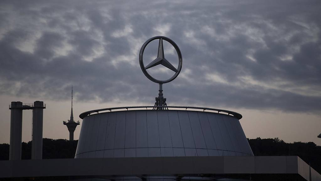 Über Daimler ziehen sich wegen einer Musterklage im Diesel-Skandal Wolken zusammen. (Archivbild)