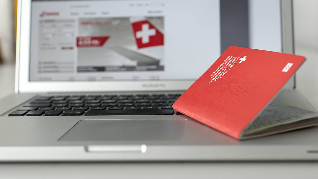 SEM entzieht Doppelbürger das Schweizer Bürgerrecht