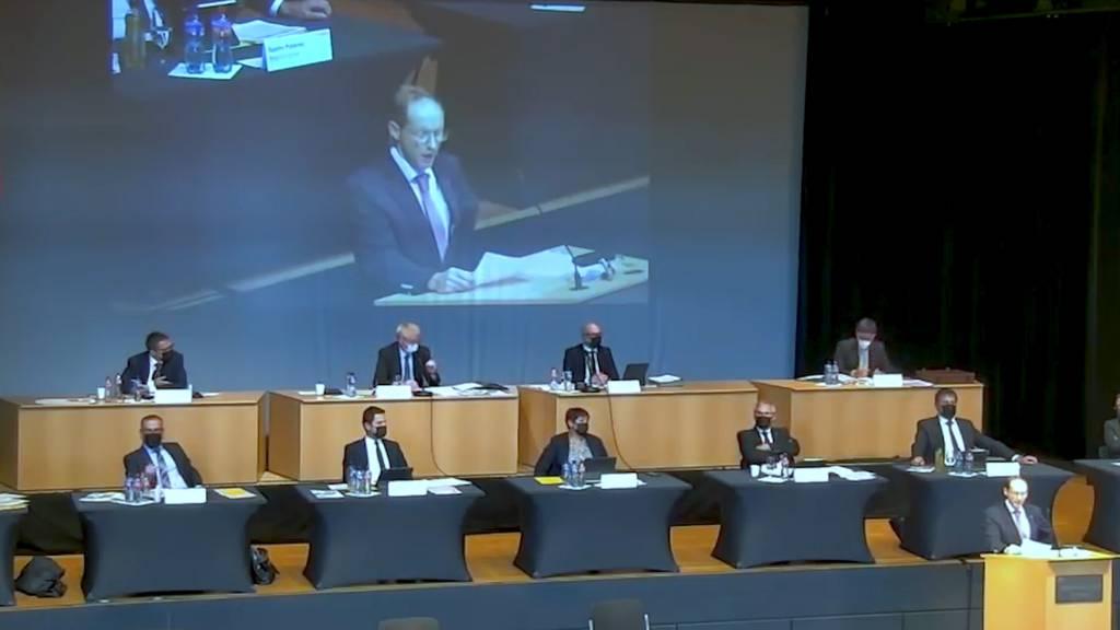 Eklat im Schwyzer Kantonsparlament: Präsident muss SVP-Kollege Mikrofon abstellen