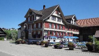 Das Pnos-Treffen fand im Restaurant Traube in Bazenheid statt.