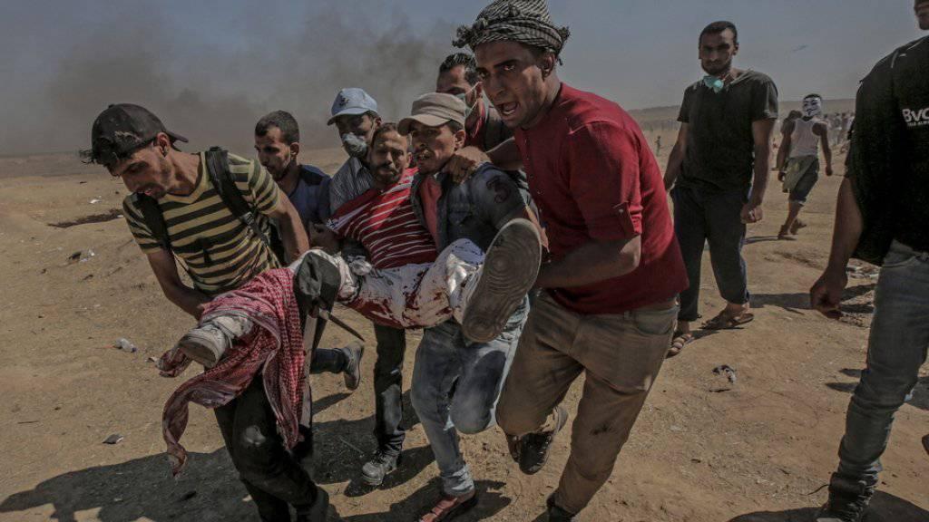 Bei der jüngsten Gewalt in Gaza an der Grenze zu Israel kamen mindestens 59 Palästinenser ums Leben. Gegen 2800 Personen wurden verletzt.