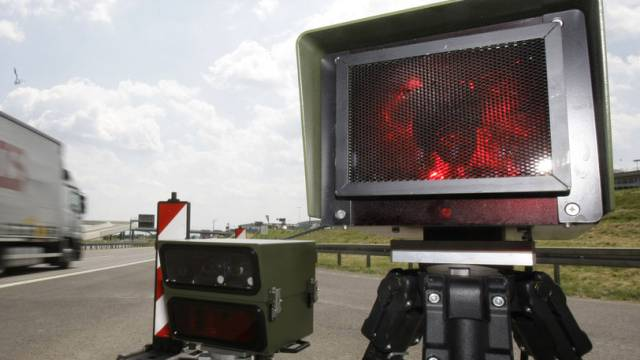 Radarfalle blitzte im Baselbiet zwei Raser (Symbolbild).