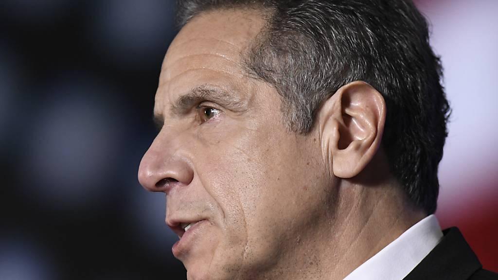 New Yorks Gouverneur Cuomo lehnt nach neuen Vorwürfen Rücktritt ab