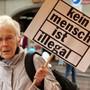 Anni Lanz hat ihr Urteil gefällt: «Die Bitten und Fragen an das Staatssekretariat für Migration und den Bundesrat werden mit den immer gleichen Floskeln beantwortet.» (Archivbild)