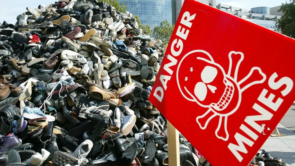 Schweiz unterstützt Minenräumung mit 17,6 Millionen Franken