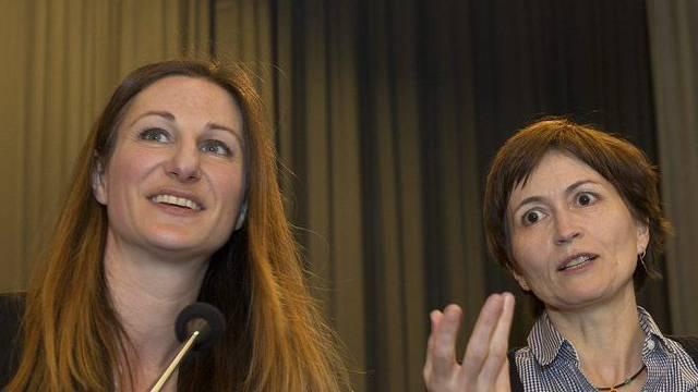 Die Co-Präsidentinnen der Grünen, Adèle Thorens (l) und Regula Rytz (Archiv)