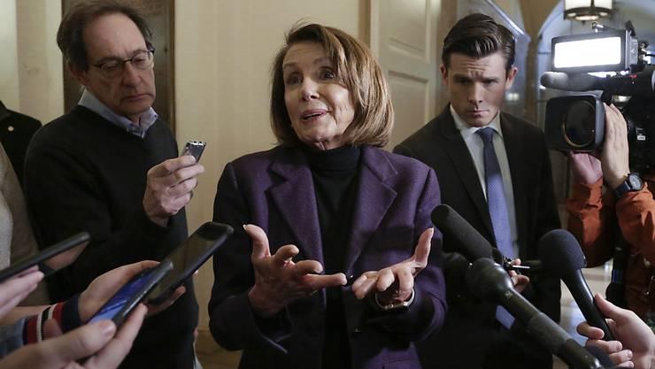 Zurück an den Absender: Mehrheitsführerin Nancy Pelosi hält nichts von US-Präsident Trumps neustem Vorschlag zur Deblockierung des Hausthaltsstreits. (Archivbild)