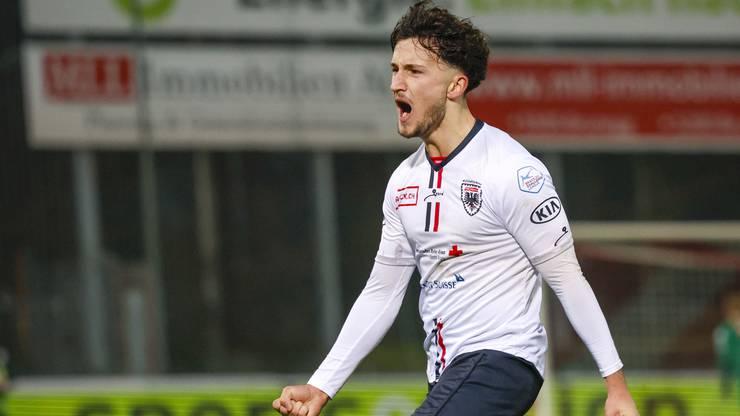 Der 17-jährige Binjamin Hasani verbucht seinen ersten Treffer im FCA-Dress.