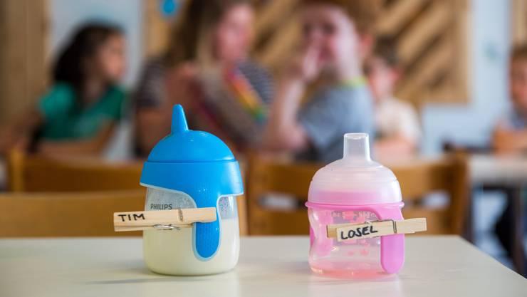 Luzern will Kindertagesstätten mit maximal 4 Millionen Franken unterstützen, damit Kitas wegen der Corona-Pandemie konkurs gehen. (Archivbild)