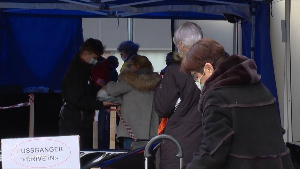 «Fussgänger-Drive-in»: Metzgerei in Uster löst Weihnachts-Ansturm coronakonform