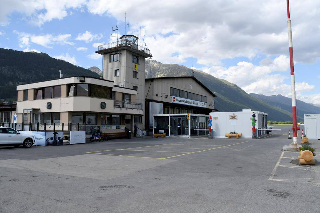 Die Piper war vom Flugplatz Samedan aus gestartet. (© KEYSTONE/Uwe Beierer)