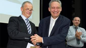 Daniel Hug (rechts) tritt Ende Jahr als Gemeindeammann Oberrohrdorfs zurück. Vizeammann Kurt Scherer (links) übernimmt die Nachfolge.