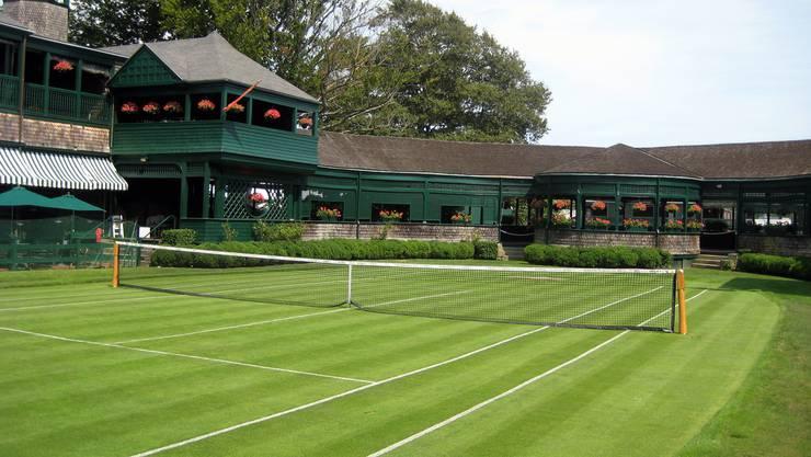 Gespielt hat Roger Federer in Newport auf Rhode Island nie. Dafür begrüsst ein Hologramm des Schweizers die Besucher der International Tennis Hall of Fame. «Es war eine Ehre, Modell zu stehen», sagte er bei der Lancierung vor zwei Jahren.