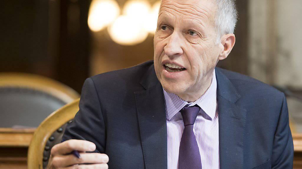 Der Luzerner CVP-Ständerat Konrad Graber leitete die Kommissionssitzung zur Reform der Altersvorsorge. Diese entschied, in den wichtigsten Punkten hart zu bleiben. (Archivbild)