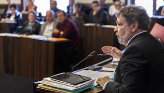 Finanzdirektor Roland Heim während der Kantonsratsdebatte