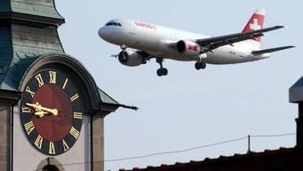 Für Betroffene von Fluglärm wird es künftig wohl keine neuen Rechtsansprüche geben. Der Bundesrat will beim Status quo bleiben. (Archivbild)