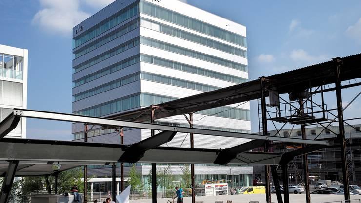 Aussenansichten des neuen Baus auf dem Dreispitz-Areal