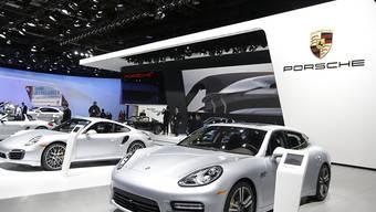 Dieses Bild gehört der Vergangenheit an: Porsche verzichtet künftig auf eine Teilnahme an der Automesse in Detroit. (Archiv)