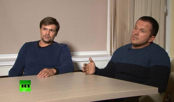 Der Verdächtige (links), der sich als Ruslan Boschirow ausgab, soll in Wirklichkeit der hochrangige Oberst Anatoli Tschepiga sein.