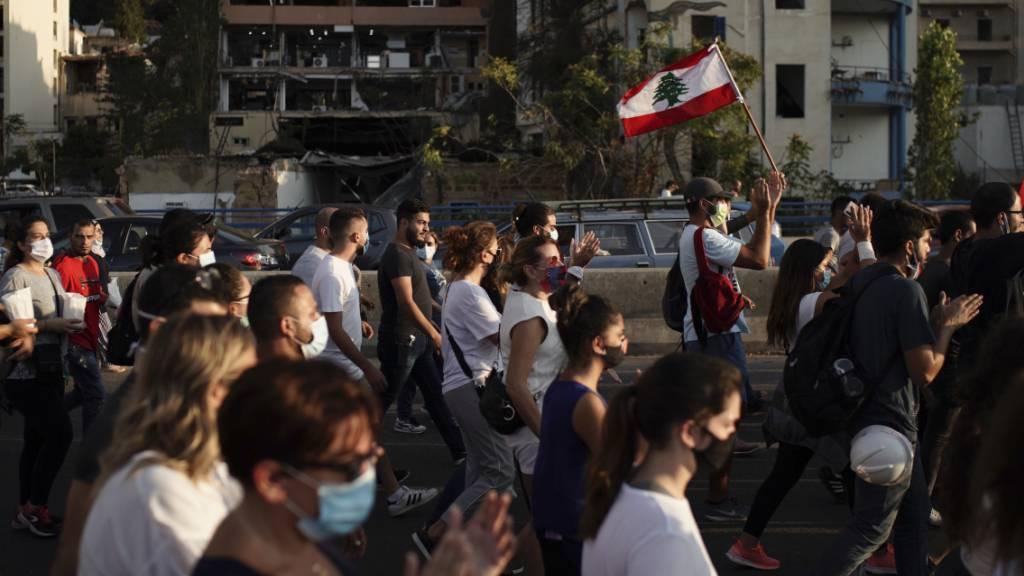 Tausende bei Trauermarsch in Beirut