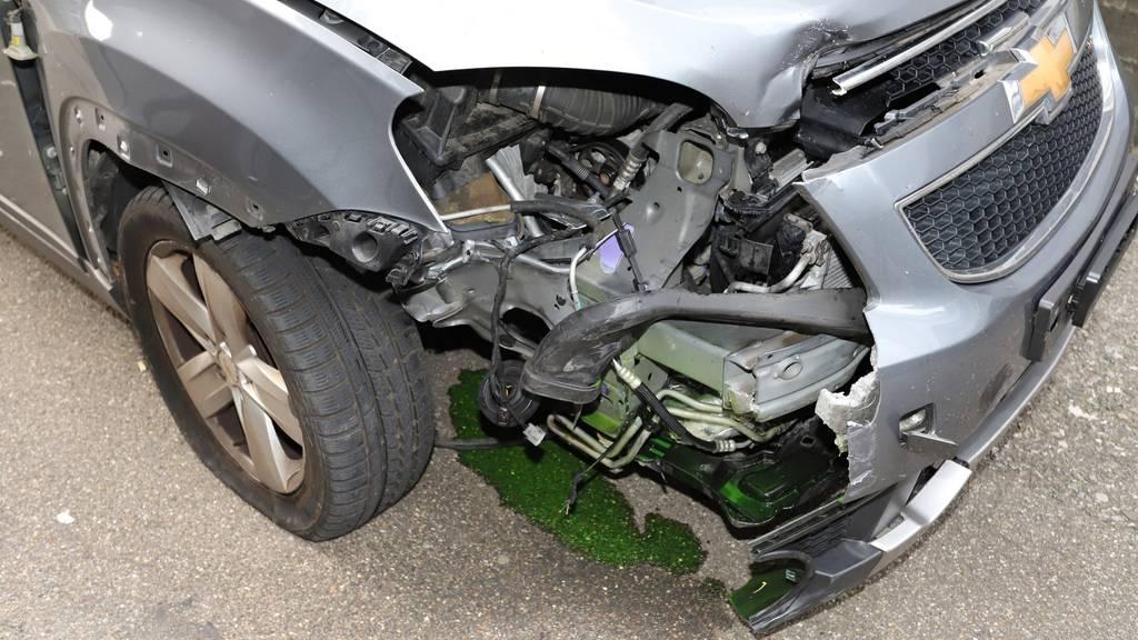 Lenker lässt Auto nach Unfall stehen und geht in Club