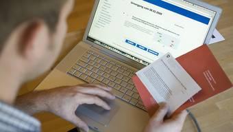 In den Kantonen herrscht grosse Unsicherheit darüber, wie es beim E-Voting weitergeht. (Archivbild)