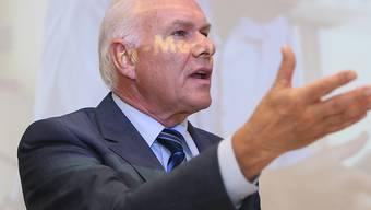 Beim Freiburger Röntgenspezialisten Comet geht das Seilziehen um die Nachfolge des scheidenden Verwaltungsratspräsidenten Hans Hess weiter. (Archiv)