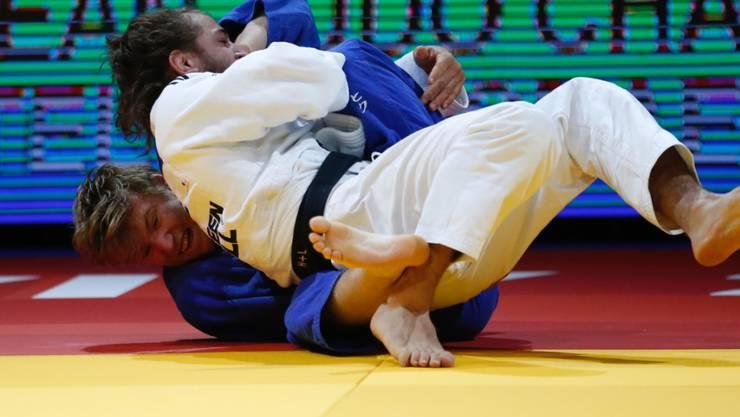 Der Zürcher Nils Stump (unten) feierte in Portugal seinen ersten Turniersieg auf Weltcup-Stufe
