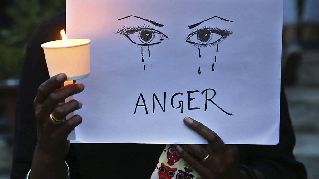 Erneut ist in Indien ein Mädchen mehrfach vergewaltigt und dann getötet worden. (Symbolbild)