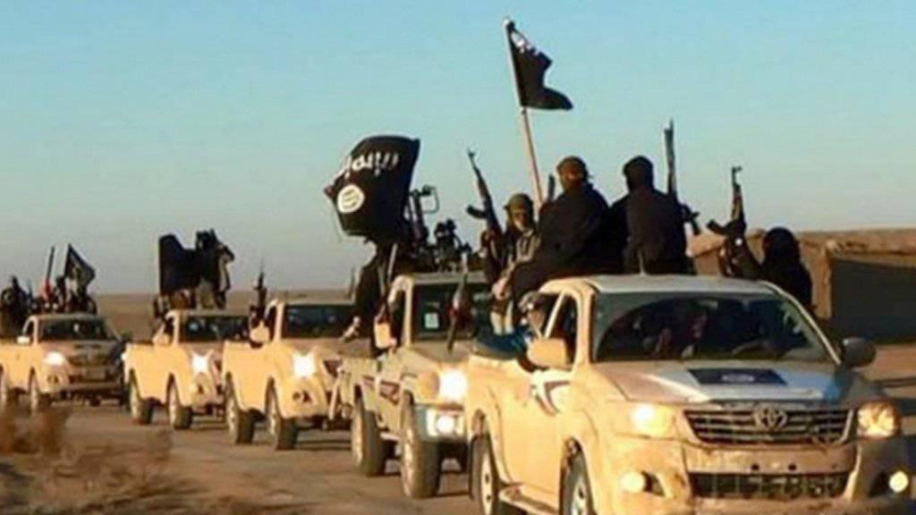 Die Terrormiliz Islamischer Staat (IS) wird in Syrien auch von vielen europäischen Sympathisanten unterstützt. Einige davon kommen auch aus der Schweiz. Jetzt hat die Bundesanwaltschaft zum ersten Mal gegen einen dieser Dschihadreisenden Anklage erhoben. (Archiv)