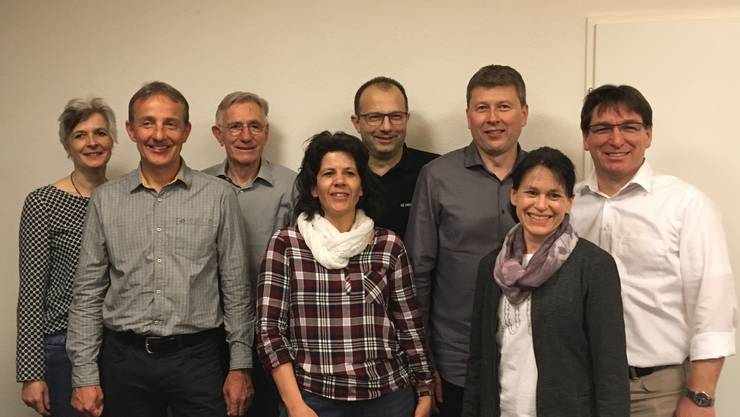 Vorstand LSGO inkl. demissioniertem Präsidenten Geri Sonderegger und neuem Präsidenten-Duo Monika Bosshart (1. Frau v.r.) und Christian Bosshart (1. Mann v.l.)