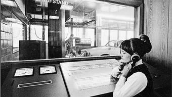 Zuhören am Leistungsprüfstand: Das Autocenter Safenwil ermöglichte vor 50 Jahren eine neue Transparenz beim Occasionsverkauf.