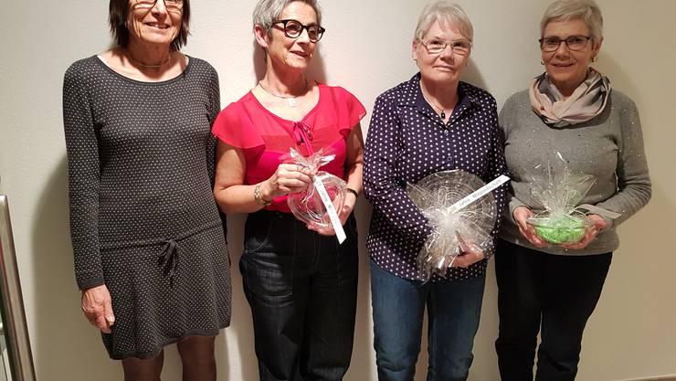 Langjährige Mitglieder: v.l. Doris Schiegg, Marie-Louise Meister, Erika Menzi, Gertrud Perlet. Auf dem Bild fehlen, Brigitte Meier und Trudi Bitterlin